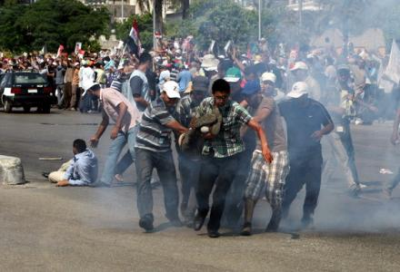 egypt_cairo_mursi_supporters_clash_with_army.jpg